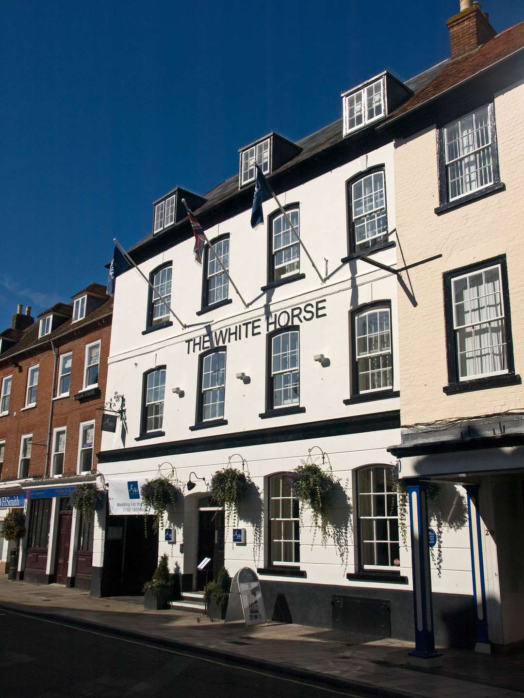 The White Horse Hotel Brasserie 19 Market Place Romsey Properties For Sale Savills