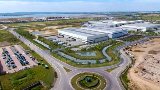 London Gateway Warehouses-V2-10.11.jpg
