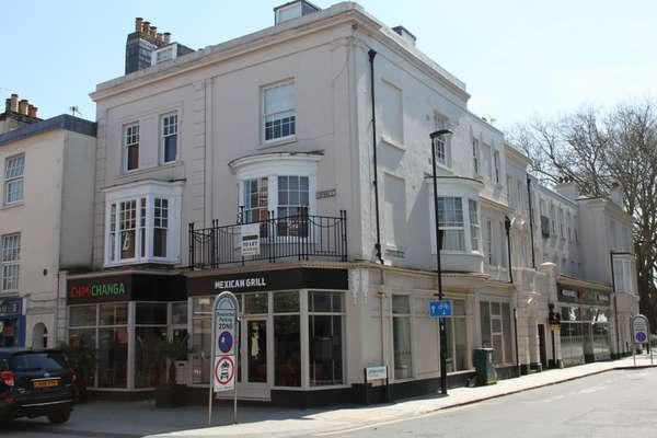 48 Oxford St_main.jpg