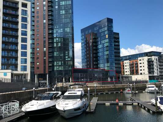 Admirals Quay Main red outline.jpg