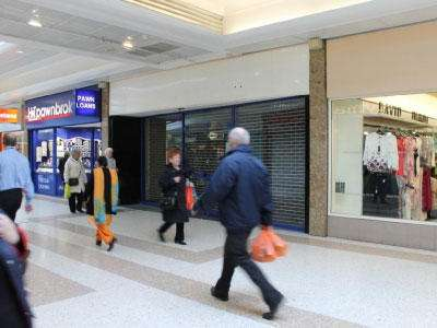 8 Princes Mall, East Kilbride Shopping Centre - Picture 1