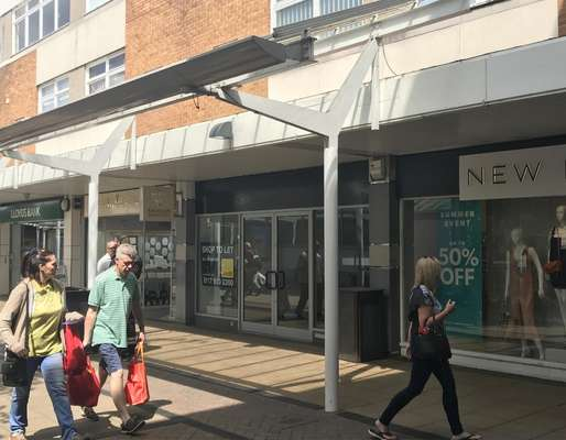 9 East Walk, Yate Shopping Centre, Yate - Picture 2019-06-12-16-31-21