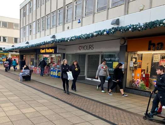 5 West Walk, Yate Shopping Centre, Yate - Picture 2019-12-09-16-07-38