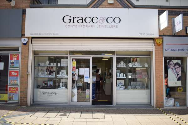 2 Spencer Court, Willow Place & Corby Town Shopping, Corby - Picture 2021-05-25-17-10-54