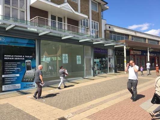 Kiosk B New Post Office Square, Willow Place & Corby Town Shopping, Corby - Picture 2018-08-20-11-53-24