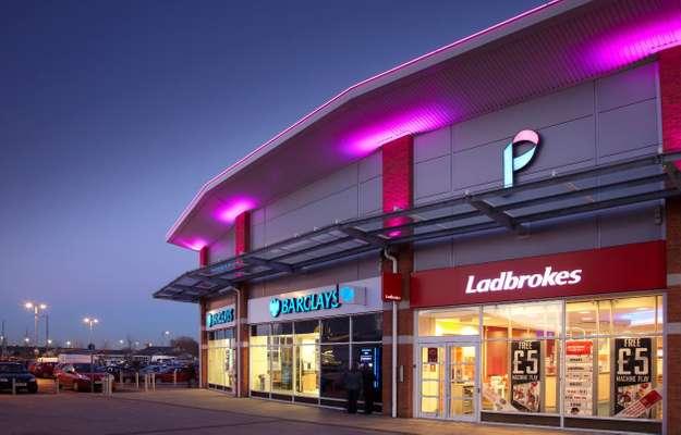 Pavilion Shopping Centre - Picture 1