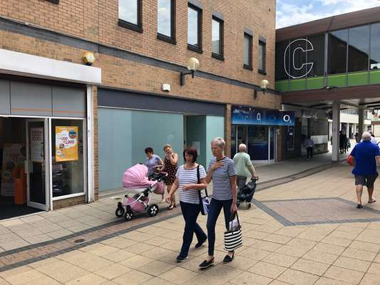 3 Spencer Court, Willow Place & Corby Town Shopping, Corby - Picture 2019-07-24-14-46-06