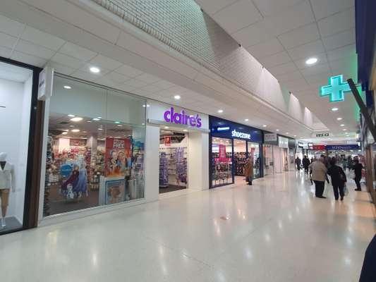 Unit 20/21, Pavilions Shopping Centre, The Pavilions, Waltham Cross - Picture 2020-02-10-10-23-46