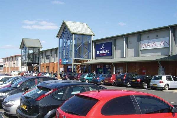 Quedgeley Retail Park - Picture 1