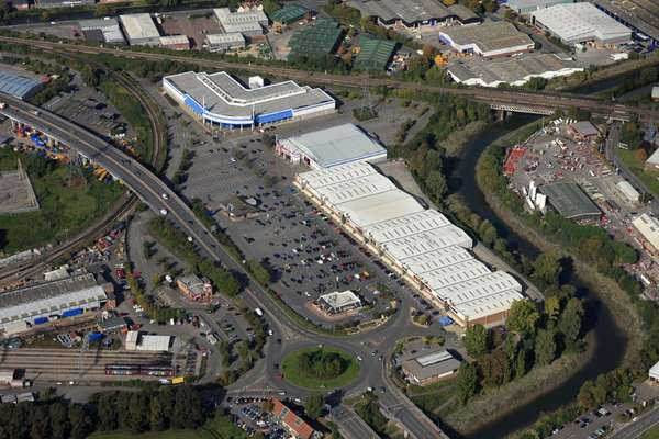 Avonmeads Retail Park - Picture 10