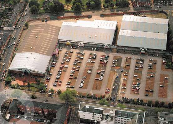 Unit 4, Castle Retail Park, NG7 5QJ, Castle Retail Park, Nottingham - Picture 2020-01-07-11-37-08