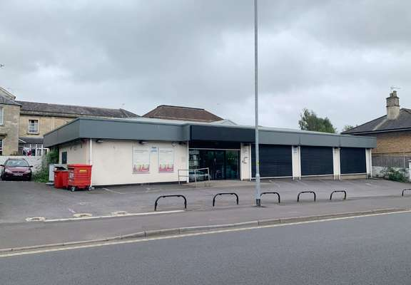 Former Majestic Wine Warehouse, Chippenham - Picture 2020-09-24-15-39-51