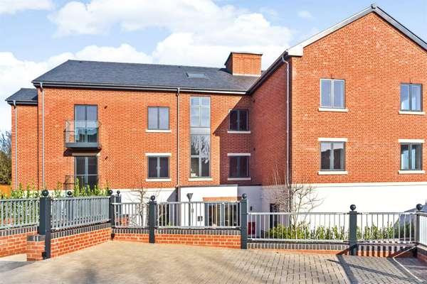 Park Lane Court