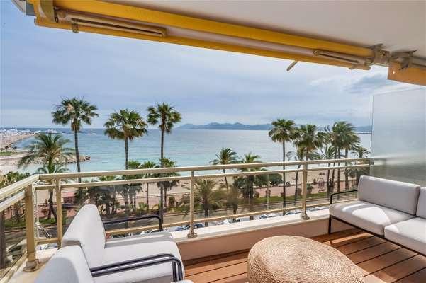 Sea Views Cannes