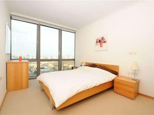 Canary Wharf Room