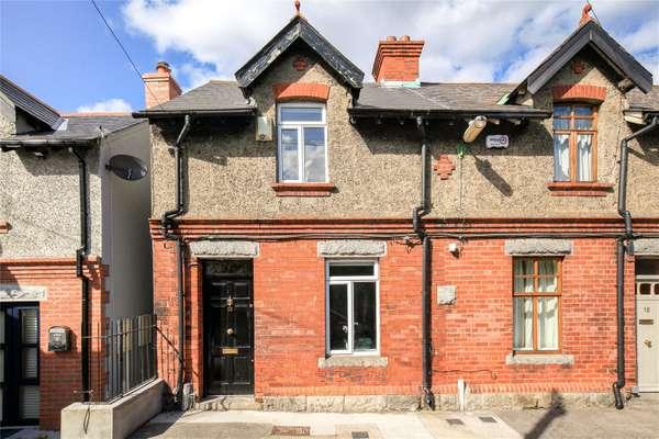 13 Dodder Terrace