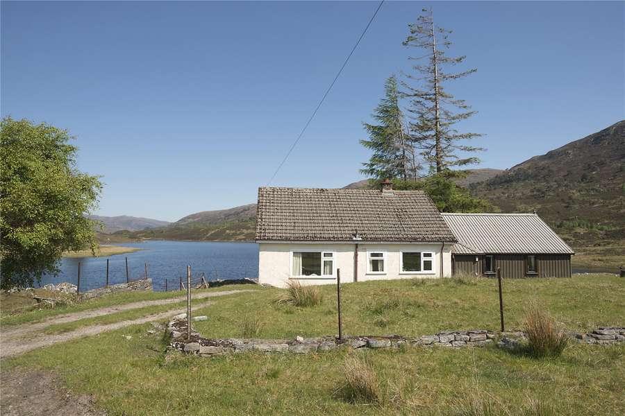 Wondrous Savills Properties For Sale In Highlands Scotland Download Free Architecture Designs Embacsunscenecom