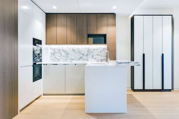 Kitchen/Reception