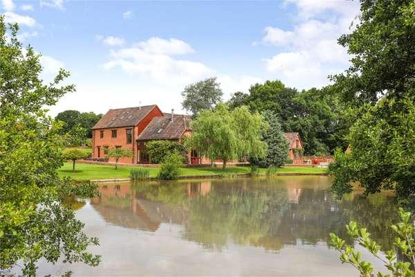 Oake Manor Barn