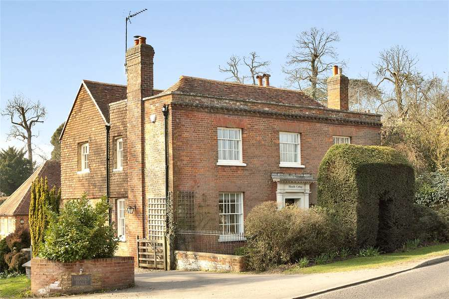 Property For Sale In Puttenham