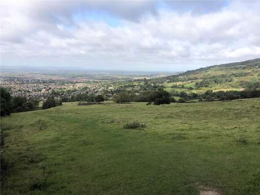 Land On Cleeve Hill