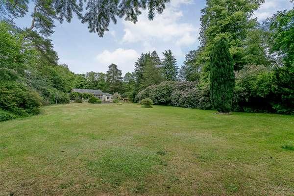 1.52 Acres Gardens