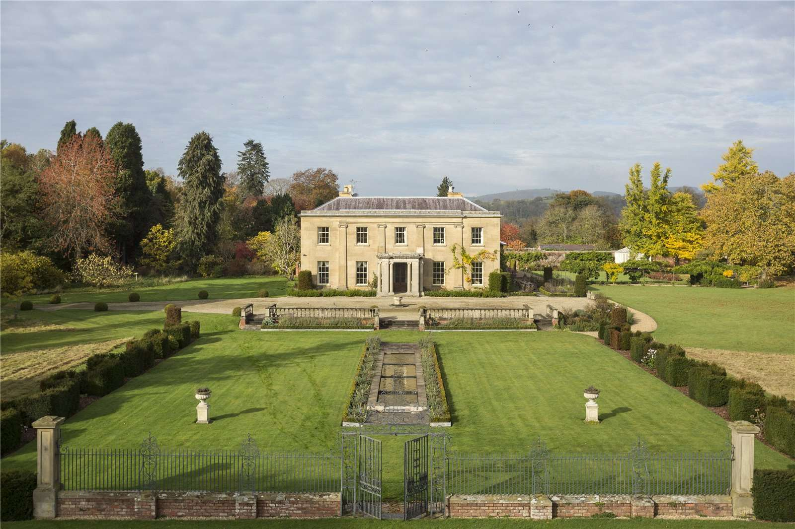 Glansevern Hall, Berriew, Montgomeryshire, SY21 8AH | Properties for sale -  Savills