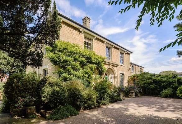 Dunston House
