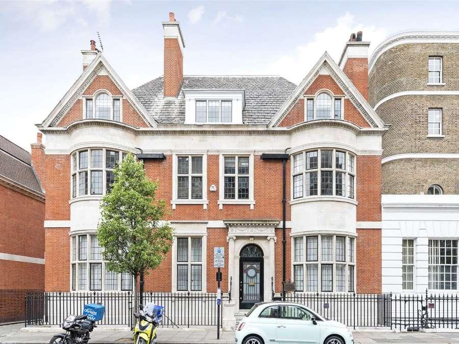 Savills   Properties to rent in London
