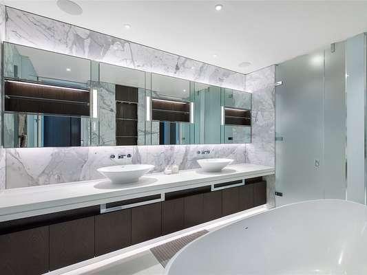 Riverwalk Bathroom 1
