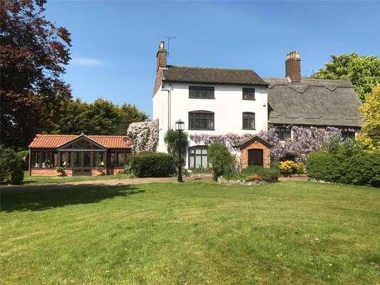 Lingwood Manor