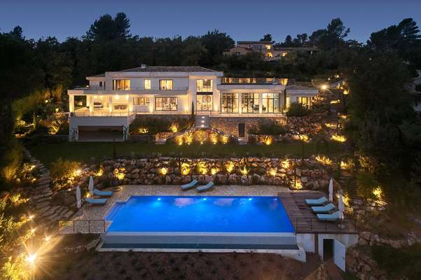 Modern New Villa