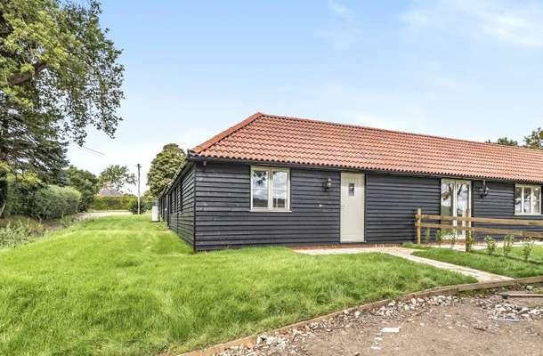 6 New Barn Farm