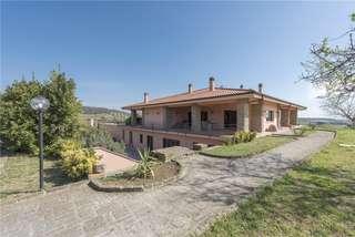 Savills | Properties for sale in Italy