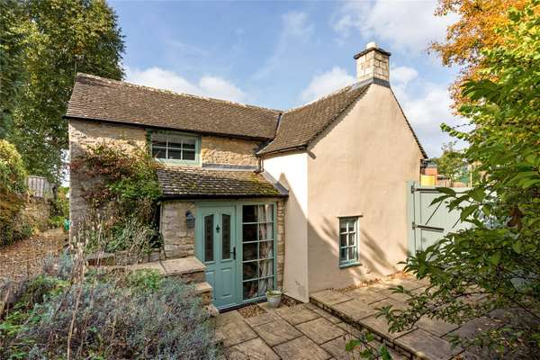 Awesome Savills Properties To Rent In Cotswolds England Home Interior And Landscaping Mentranervesignezvosmurscom