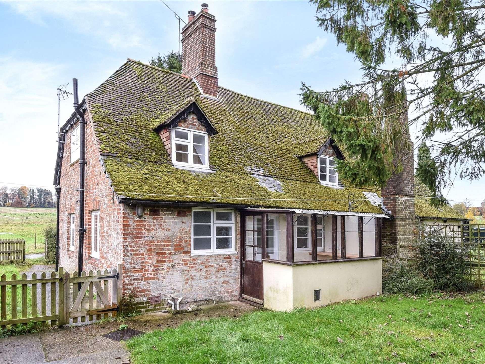 cottages sale in near exterior scotland oakley for cottage old inzievar a ref dunfermline sbbj