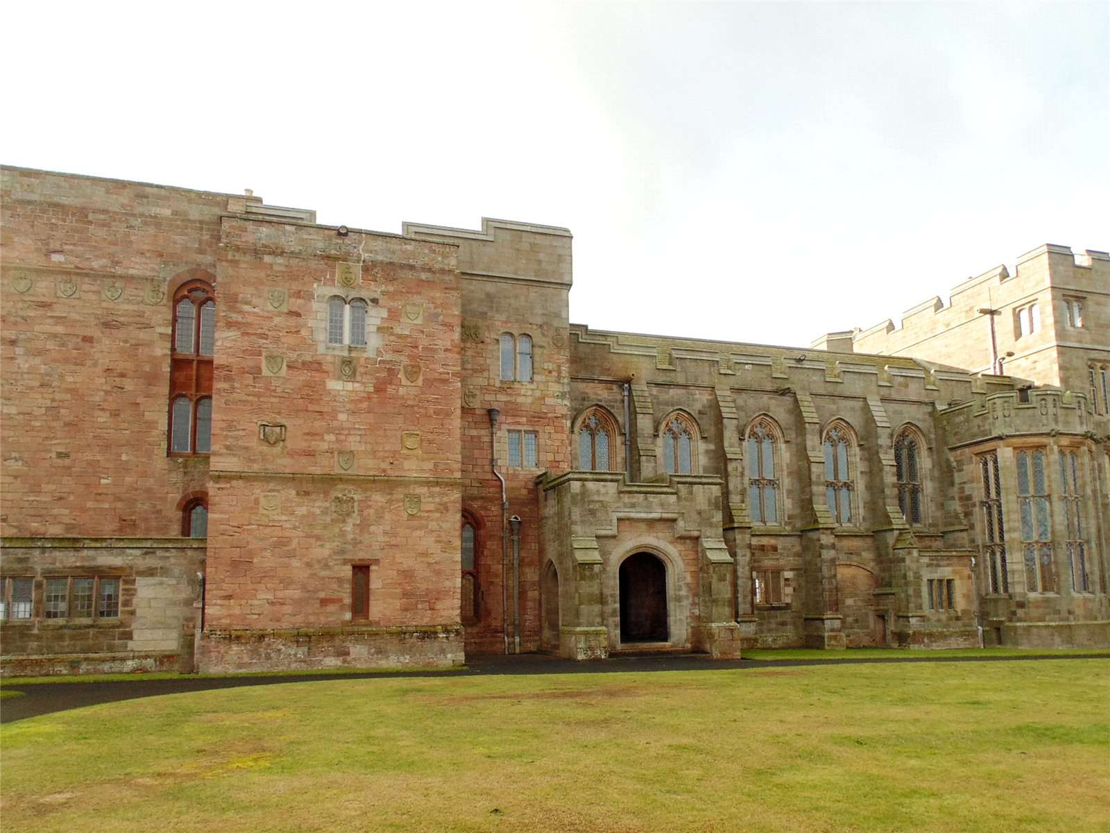 Bamburgh Castlebamburgh Northumberland Ne69 7df