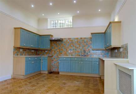 Savills Bamburgh Castle Northumberland Ne69 7df Properties To Rent