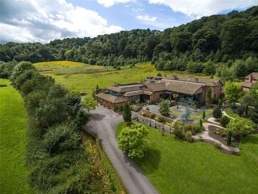 Finlows Villa