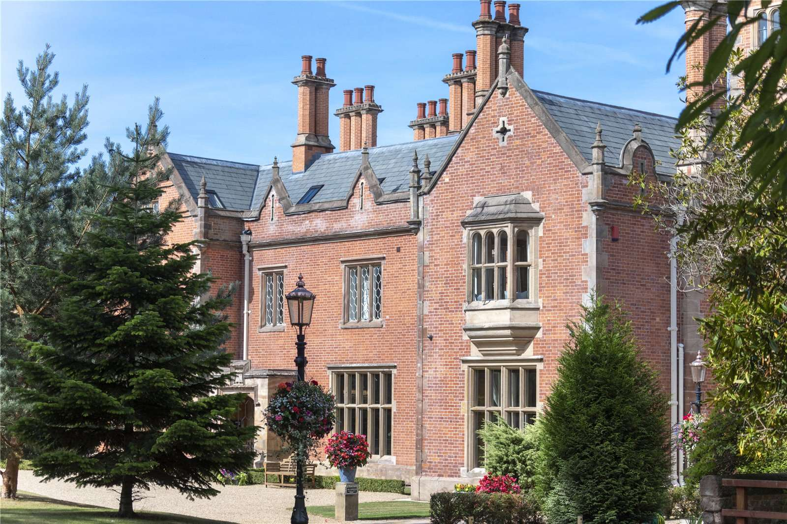 Norcliffe Hall Altrincham Road Wilmslow Cheshire Sk9 4lh Properties For Sale Savills