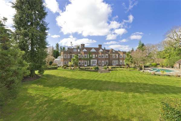Savills Property For Sale In Weybridge Surrey