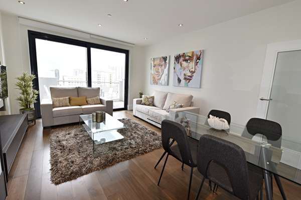 Apartment in Town Centre