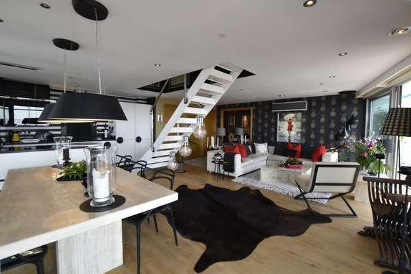 Duplex Penthouse in Ocean Village