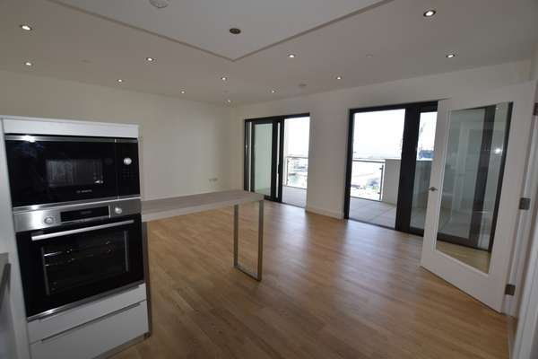 Apartment in King's Wharf