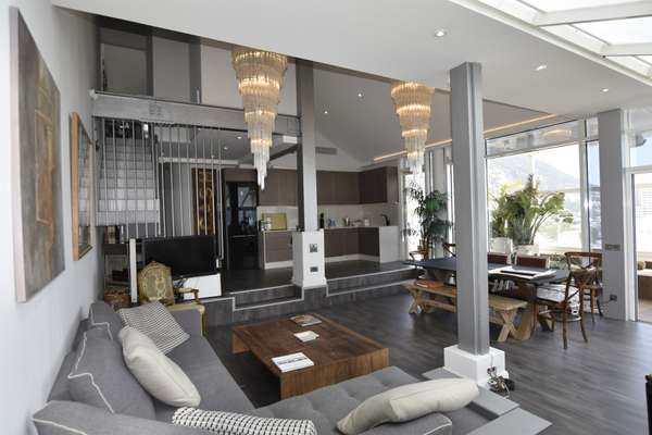 Duplex Penthouse in Eurotowers