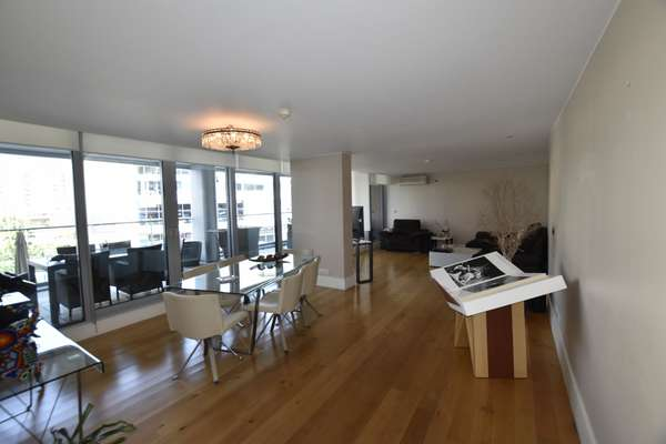 Apartment in Tradewinds
