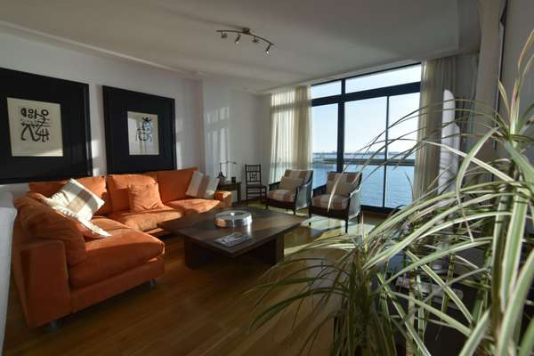 Apartment in Europlaza