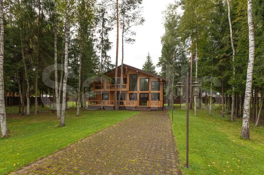 Savills | Properties for sale in Russia