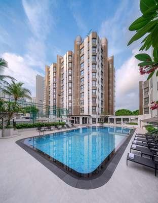 LG_Building Pool 1_LR.jpg