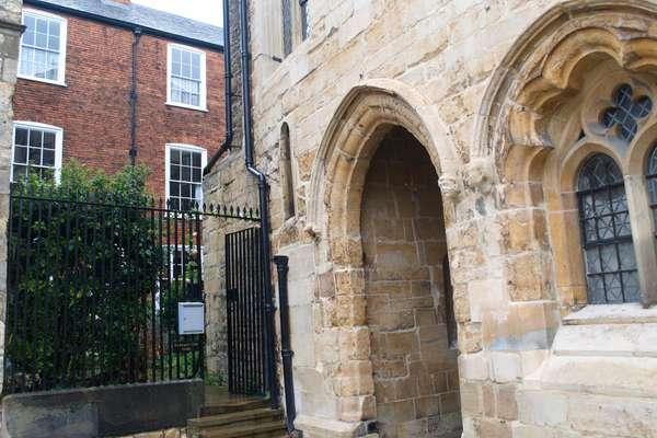 External Near Arch
